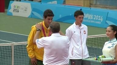 Orlando Luz conquista medalha de prata no tênis nos Jogos Olímpicos da Juventude - Esta foi a décima medalha brasileira na competição.