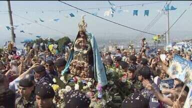 Padroeira de Santos, SP, será homenageada a partir desta segunda-feira (23) - Imagem descerá o morro e permanecerá na Catedral até o dia 8 de setembro.