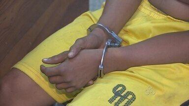 Polícia prende suspeito de assalto no Centro de Macapá - Um assaltante foi preso quando deixava o local que tinha acabado de furtar no Centro de Macapá. Ele já era procurado por outros roubos na Zona Norte da cidade.