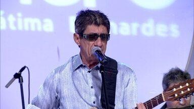 Fagner comemora 40 anos de carreira e canta no Encontro - Cantor solta a voz ao som de 'Tanto Faz'