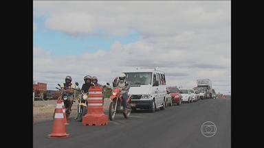 BR-232 passa por obras em trecho entre o Agreste e o Sertão - Motoristas precisam ficar atentos, principalmente, em Serra Talhada, por conta dos desvios.