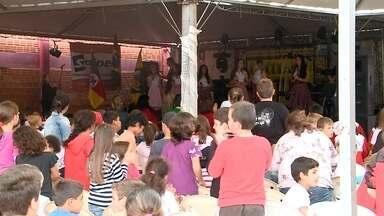 Expogiruá evidencia a produção da indústria, comércio e agricultura da região - O evento ocorre no parque de exposições de Giruá, RS.