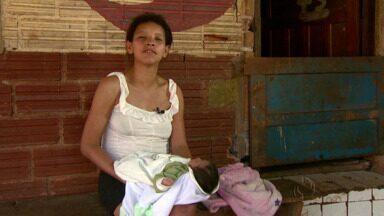 O nascimento de um bebê pega todos de surpresa no Jardim Jupira - A menina veio ao mundo e nem esperou os socorristas chegarem.