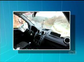 Acidente em rodovia estadual provoca a morte de uma pessoa e fere cinco - Acidente em rodovia estadual provoca a morte de uma pessoa e fere cinco