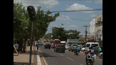 Nas principais ruas e avenidas de Santa Inês os semáforos não funcionam - Nas principais ruas e avenidas de Santa Inês os semáforos não funcionam e o trânsito na cidade está ficando cada vez mais desorganizado.