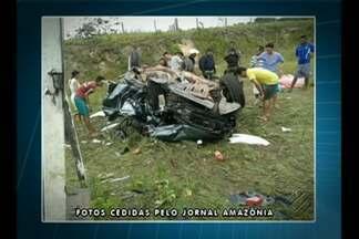Três pessoas morreram e duas ficaram feridas num acidente na BR-316 - Acidente ocorreu no último sábado (6), em Santa Maria, próximo ao trevo da estrada de Salinas.