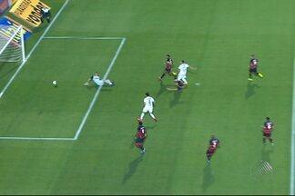 Vitória perde a quarta partida consecutiva e segue com a lanterna do Brasileirão - Confira as notícias do rubro-negro baiano.