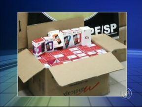Polícia recupera milhares de celulares roubados em Porto Feliz - A Polícia Federal recuperou 4,5 mil celulares nesta segunda-feira (8). A carga havia sido roubada de um caminhão na rodovia Anhanguera, no mês passado, em Porto Feliz (SP).