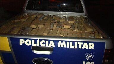 PM apreende 3 toneladas de droga dentro de casa em Aparecida de Goiânia - A Polícia Militar apreendeu 3 toneladas de maconha em uma casa, em Aparecida de Goiânia.
