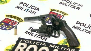 Homem é preso por porte ilegal de arma - Rapaz de 23 anos foi levado a delegacia da polícia civil