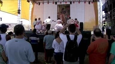 """Parque do Trote recebe o 'Festival Revelando São Paulo' - A Gastronomia, a música e o artesanato são alguns dos destaques no evento """"Festival Revalando São Paulo"""", que acontece no Parque do Trote, na Zona Norte."""