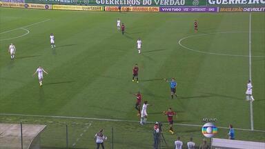 Sport enfrenta o Chapecó em Santa Catarina - Confira lances da partida.