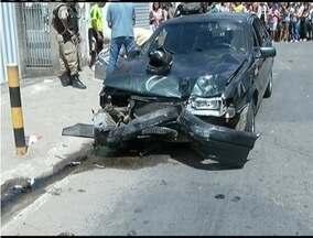 Adolescente que se envolveu em acidente em Timóteo na manhã é liberado do hospital - Batida foi na Avenida Amazonas no Bairro Alvorada.