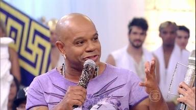 Depois de 20 anos, vocalista do Terra Samba deixa grupo - Reinaldo explica saída e passa bastão para Márcio Bahia