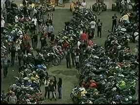 Moto Veneza reúne mais de 1 mil motociclista na festa beneficente - Moto Veneza reúne mais de 1 mil motociclista na festa beneficente