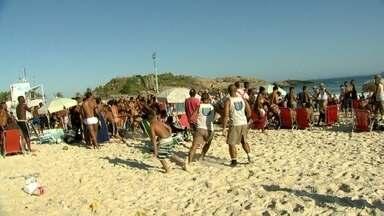 PM anuncia novo esquema de policiamento na orla da zona sul do Rio - Segundo a Polícia Militar, mais 60 agentes vão patrulhar a orla da zona sul. No total, serão 710 policiais militares envolvidos na segurança das praias.