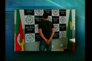 Jovem de dezenove anos foi preso em Dom Pedrito, RS acusado de pedofilia - A prisão foi feita pela Polícia Civil em conjunto com a Brigada Militar durante a Operação Texas que teve como objetivo cumprir mandados de busca e apreensão na cidade.
