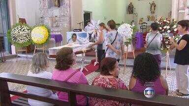 Padre mais velho da Arquidiocese de Olinda e Recife é sepultado - Monsenhor Valdenito Laureano de Oliveira morreu aos 89 anos.