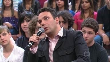 Marcelo Médici fala de 'Cada Dois Com Seus Pobrema', seu novo espetáculo - Ator volta ao teatro