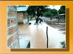 Chuva forte causa alagamentos em Araguaína - Chuva forte causa alagamentos em Araguaína.