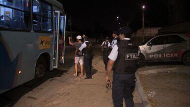 Passageiros convivem com o medo de assaltos no transporte público de Fortaleza - Usuários podem fazer o boletim de ocorrência pela internet.