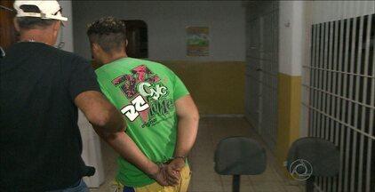 Polícia localiza envolvidos em vários assaltos na cidade de Sapé, na Paraíba - Um homem de 26 anos foi preso e um adolescente apreendido. Ambos os criminosos já tinham antecedentes criminais.