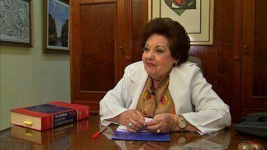 Cardiologista Glaura Férrer é agraciada com o Troféu Sereia de Ouro 2014 - Glaura Férrer fez o curso na Universidade Federal do Ceará em um período que as mulheres não tinham muito espaço no mercado de trabalho.