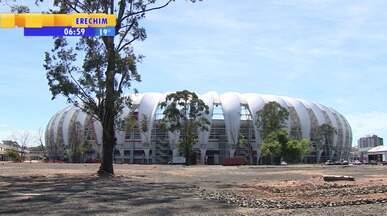 Futebol: treino do Inter tem portões fechados antes de jogo contra Criciúma - Se o time colorado perder, pode sair do G4.
