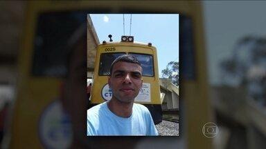 Jovem se passa por maquinista e rouba trem no Rio - Depois de quatro meses, a polícia do Rio localizou o jovem que se disfarçou de maquinista para sair da garagem da concessionária que administra as ferrovias do Rio conduzindo um trem. As fotos em uma rede social mostram a paixão pelos trens.