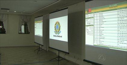 TRE da Paraíba considerou o primeiro turno tranquilo no Estado - Saulo Benevides, presidente do Tribunal Regional Eleitoral da Paraíba, falou sobre a apuração e a demora na votação.