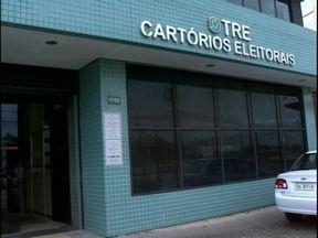 Eleitores que não compareceram às urnas têm 60 dias para justificar voto - Dia após as eleições foi bastante movimentado no Cartório Eleitoral de Pelotas