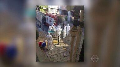 Chega ao Rio o primeiro paciente com suspeita de contágio pelo vírus ebola no Brasil - O paciente é um africano e veio da Guiné. Ele chegou ao Rio numa aeronave da Força Aérea Brasileira. Em terra, foi montada uma operação para o transporte dele pela cidade.