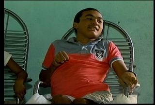 Conheça a história do primeiro brasileiro a ficar curado da Raiva Humana - Marciano Menezes contraiu a doença em 2008, após ser mordido por um morcego.