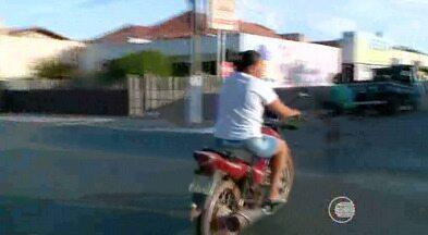 Imprudência é a maior causa de acidentes envolvendo motos em Altos - Imprudência é a maior causa de acidentes envolvendo motos em Altos