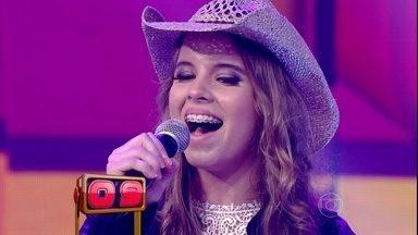 Cantora sertaneja canta Galopeeeeira em 30 segundos - Jaciara faz a plateia ficar de pé