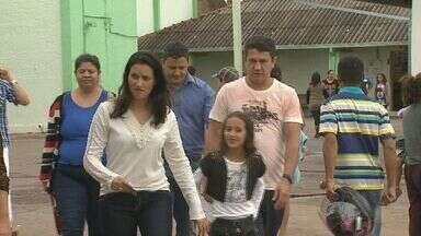 Eleitor é detido por fazer foto em cabine de votação em Franca, SP - Apesar de incidente, votação seguiu tranquila na região de Ribeirão Preto (SP).