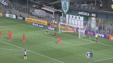 Sport segue a via crucis de não vencer no Brasileirão - Time rubro-negro abriu o placar diante do Atlético-MG, mas viu o adversário virar o placar e manter boa fase