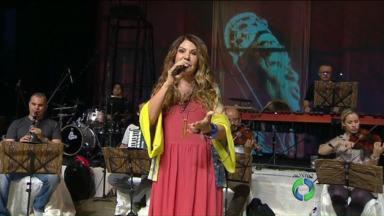 Elba Ramalho canta Luiz Gonzaga em show no teatro Guaíra - A cantora mostrou um pouco do espetáculo no Paranátv.