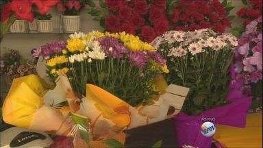 Aumenta venda de flores para o Dia de Finados - Aumenta venda de flores para o Dia de Finados