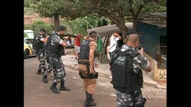 """Operação """"sinergia"""" integra polícias e órgãos de segurança e fiscalização em Londrina - A primeira noite de operação foi nesta quinta-feira."""
