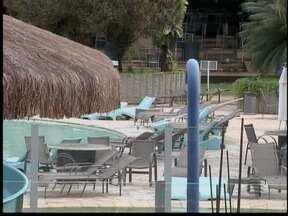 Polícia abre inquérito para investigar afogamento - Menino de 5 anos morreu após incidente em piscina de clube.