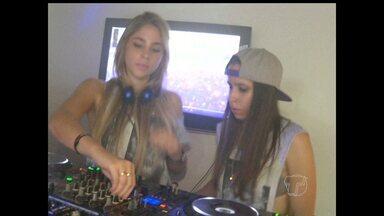 Irmãs que são DJs chegam a Santarém depois de realizar turnê pelo mundo - DJs são moram em Santarém, mas são de Mato Grosso.