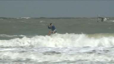 São Luís recebe etapa do Brasil Kite Tour - Ventos fortes surpreendem os atletas no primeiro dia de competição