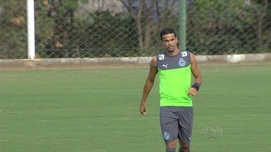 Bruno Mineiro é testado no time titular do Goiás - Atacante é uma das opções para começar jogando contra o Fluminense