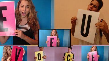 """Clipe Perina: faça como elenco e mande vídeo segurando uma letra - Participe do clipe oficial de """"Esse seu jeito"""""""