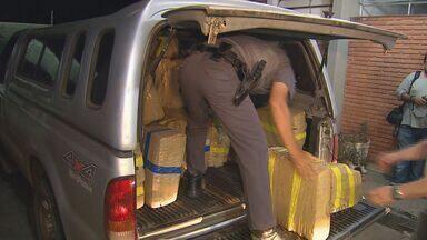 PM em Santa Rosa de Viterbo busca suspeitos de serem donos de maconha - Três toneladas da droga foram apreendidas na quinta-feira.