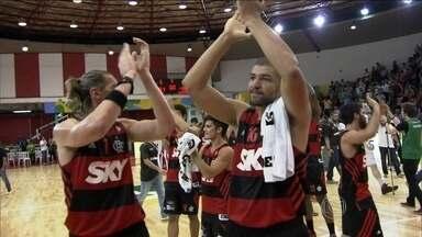 """Temporada da NBB começa em clima de """"todos contra o Flamengo"""" - Campeão intercontinental, Rubro-Negro é o favorito para o título da competição nacional."""
