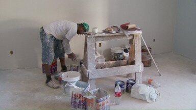 Reformas de fim de ano lotam agendas de profissionais - E aumentam vendas em lojas de materiais de construção