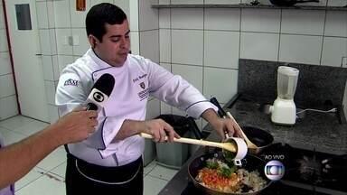 Especialista dá dicas para se dar bem na cozinha - Veja como descongelar carne e o que fazer quando o arroz queimar.