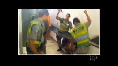 MP questiona contratação de policiais militares em Goiás - O Ministério Público questiona a contratação de policiais militares sem concurso em Goiás. Cerca de 20 foram afastados da PM por envolvimento em crimes e escândalos.